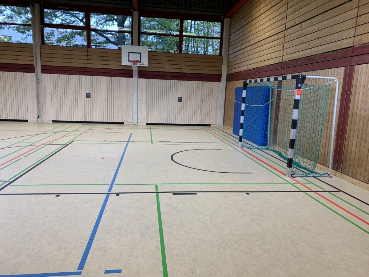 Neuer Boden in der Alfred-Wais-Halle